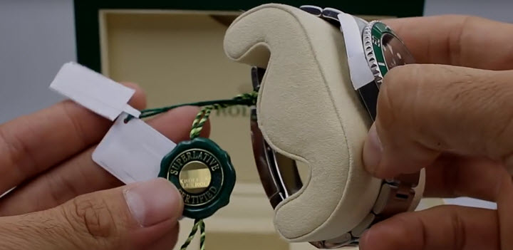Rolex Submariner Green Ceramic Tags Review